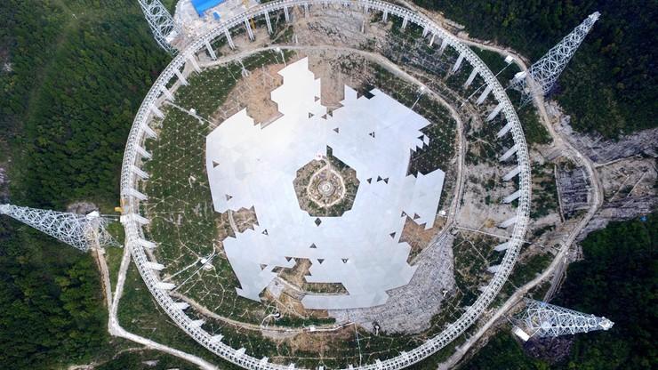 Chiny budują radioteleskop w poszukiwaniu kosmitów. Przesiedlą 9 tys. osób