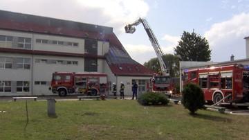Pożar szkoły w Świerznie. Zajęcia zawieszone co najmniej do piątku