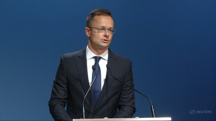 Szef węgierskiego MSZ liczy na wyjście Polski i Austrii z paktu migracyjnego