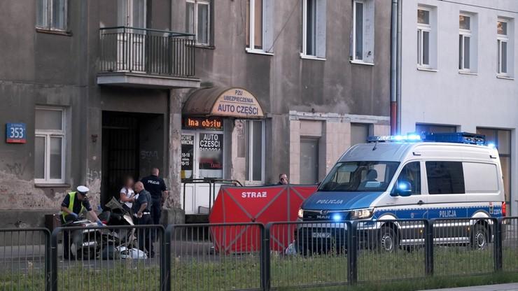 Warszawa. Kierowca skutera zginął po potrąceniu przez samochód osobowy.  Policja poszukuje sprawcy