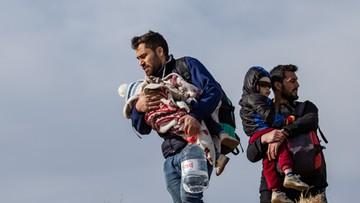 """Grecja odpiera falę migrantów. Turcja """"grozi wysłaniem jeszcze milionów"""""""