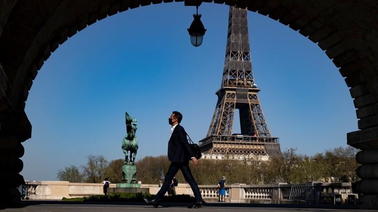 Francja. Ponad 50 tys. nowych zakażeń koronawirusem. AstraZeneca zalega w lodówkach