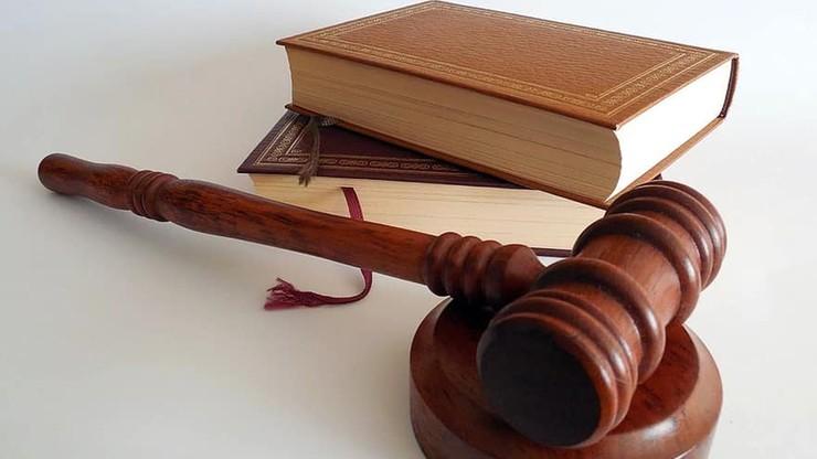 Więzienie w zawieszeniu za fake newsa na temat koronawirusa