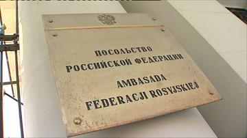 """Przyszli przed ambasadę Rosji, by """"pokazać Putinowi, że Polacy nie zapomną o sprawie Smoleńska"""""""