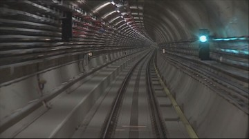 Próbowali przejść pod Wisłą tunelem metra. Maszynista zdążył zahamować