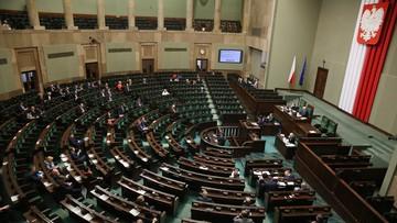Upolitycznienie czy naprawa. W Sejmie o kontrowersyjnej noweli PiS ustawy o służbie cywilnej