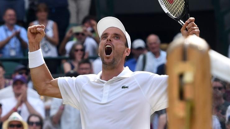 """Zamiast bawić się na swym wieczorze kawalerskim, """"musi"""" grać o finał Wimbledonu"""