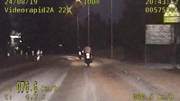 Szalona ucieczka motocyklistów. Pędzili blisko 200 km/h, łamali przepisy