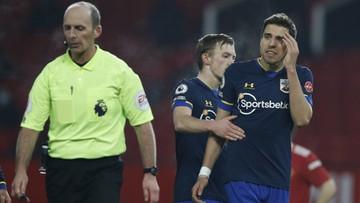 Premier League: Samobójczy gol i czerwona kartka Bednarka. Katastrofa Southampton na Old Trafford