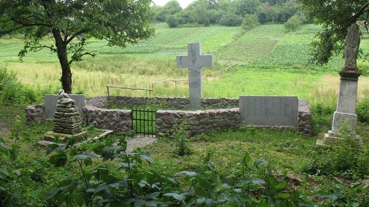Ukraiński IPN wstrzymuje legalizację polskich pomników. Reakcja na demontaż pomnika UPA