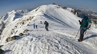 02-03-2021 12:00 Kasprowy Wierch zimą zachwyca. Zobacz zapierającą dech panoramę i malownicze stoki narciarskie