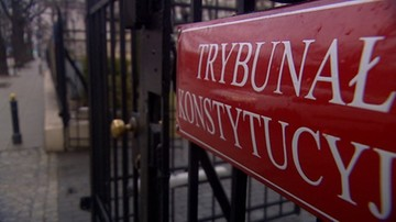 """Senat przyjął z poprawkami ustawę o TK. Na sali okrzyki: """"Konstytucja!"""""""