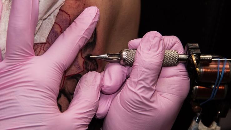 Berlińscy policjanci będą mogli publicznie pokazywać swoje tatuaże