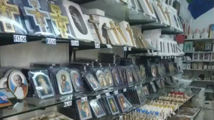 Akcja Gwardii Finansowej w Watykanie. Skonfiskowano 700 tys. dewocjonaliów i pamiątek