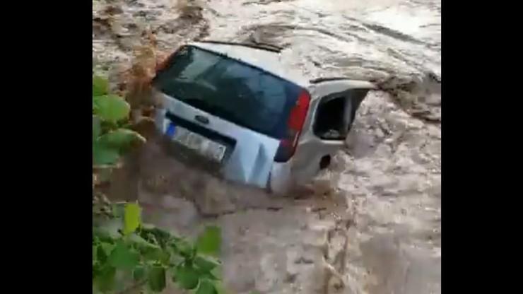 """Alarm powodziowy w Niemczech. """"Kilka miast jest całkowicie zalanych"""""""