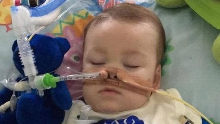 Ojciec Alfiego Evansa zapowiedział współpracę ze szpitalem. Zaapelował również o prywatność