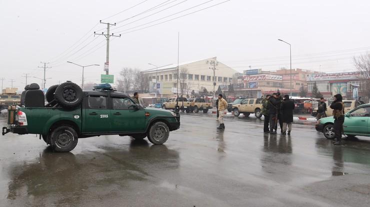 Seria eksplozji w pobliżu akademii wojskowej w Kabulu. Państwo Islamskie przyznało się do ataku