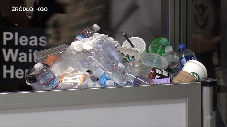 Szlaban na małe plastikowe butelki z wodą. Zniknęły z lotniska w San Francisco