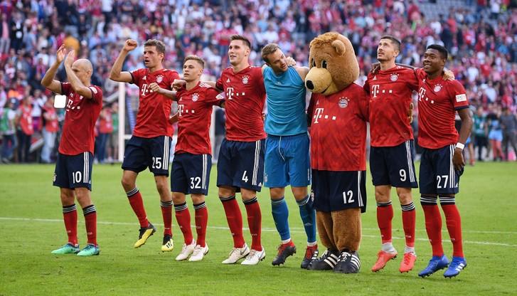 Bundesliga: Mistrz z wicemistrzem w Gelsenkirchen