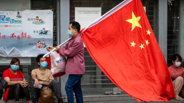 """Dyskryminacja obcokrajowców w Chinach. Ludzie boją się """"wirusa cudzoziemców"""""""