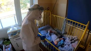 Chorują niemowlęta. Czwarta fala dotyka dzieci
