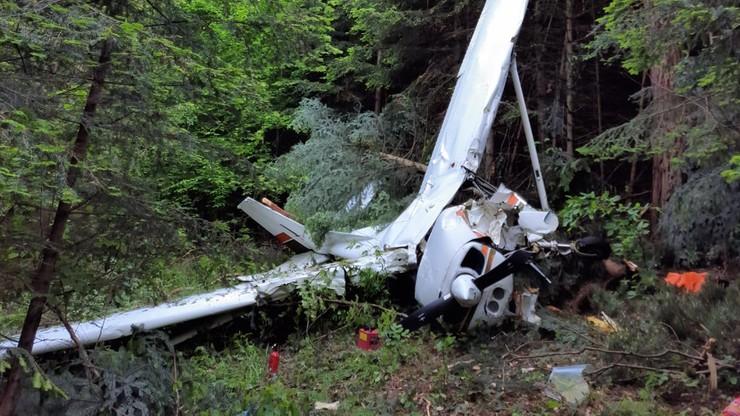 Żernica Wyżna. Wypadek awionetki podczas lądowania. Trzy osoby ranne