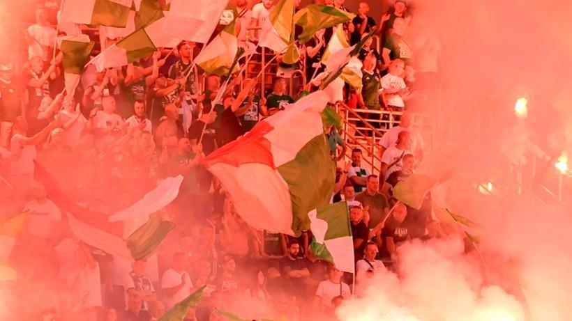 """Liga Mistrzów: Zamieszki w Zagrzebiu przed meczem Dinama z Legią. """"Kibice bili się na ulicach"""" (WIDEO)"""