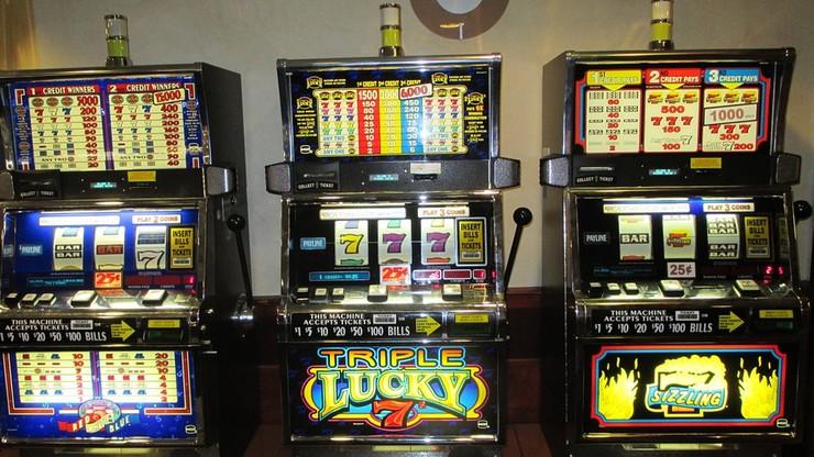 Wznowiono śledztwo dotyczące tzw. afery hazardowej. Zostali przesłuchani pierwsi świadkowie