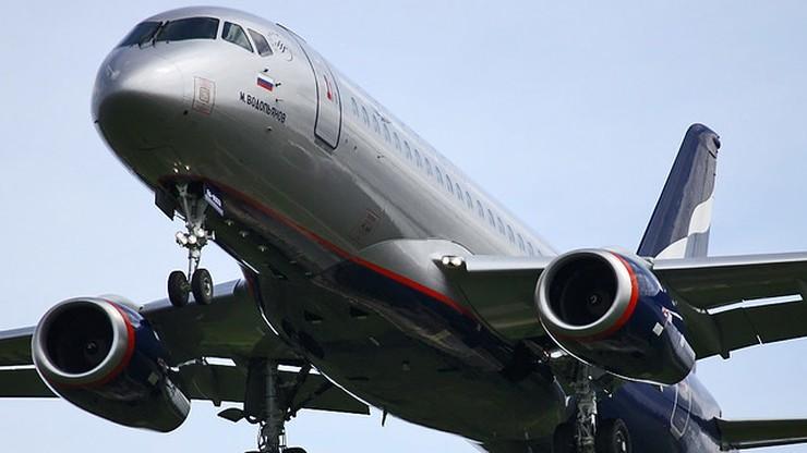 Rosyjski samolot SSJ 100 zawrócił na lotnisko Szeremietiewo tuż po starcie