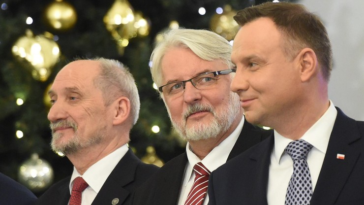 """""""Wpływ na tę decyzję miał prezydent Duda"""". Rzeczniczka PiS o odwołaniu Macierewicza"""