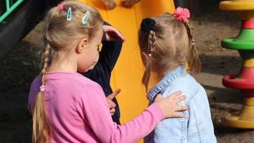 Niepokojące objawy u dzieci. Nie występowały przed pandemią