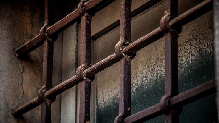 Zabity w celi bez kamer. Menadżer Roskosmosu znaleziony martwy w areszcie
