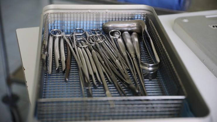 Operacje chirurgiczne a koronawirus. Covid-19 znacznie zwiększa śmiertelność