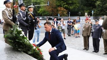 Szef MON złożył kwiaty przed pomnikiem J. Piłsudskiego z okazji święta Wojska Polskiego