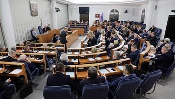 Senat zmienił regulamin Izby. Uchylił zapisy, że głosowania w sprawach personalnych są tajne