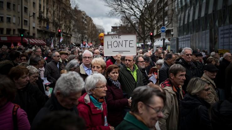 Wielotysięczny protest na ulicach Paryża. Francuzi przeciwko zwiększeniu opodatkowania emerytur
