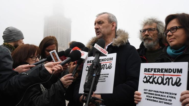 Pół miliona podpisów pod wnioskiem o referendum ws. reformy edukacji
