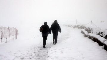 W Tatrach wznowiono poszukiwania zaginionego biegacza. Warunki bardzo trudne