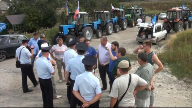 Traktorami do Putina. Rosyjscy rolnicy jadą na Kreml