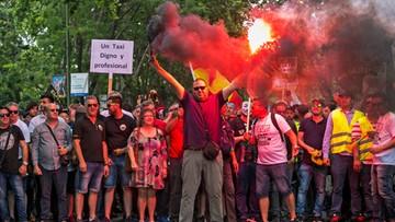 Hiszpańscy taksówkarze protestują przeciwko Uberowi i Cabify