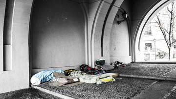 Bezdomność będzie karana. Węgierski parlament przyjął zmianę przepisów