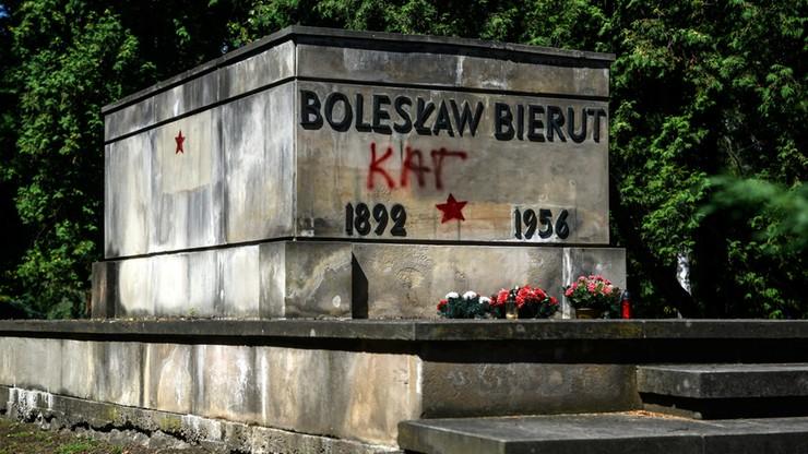 Zdewastowany grób Bieruta. Ziobro zażądał zwolnienia zatrzymanych