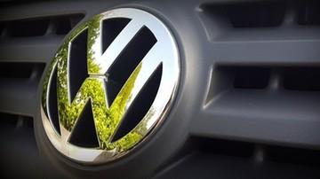 """Volkswagen musi zapłacić miliard euro grzywny. """"Uznaje swą odpowiedzialność za kryzys dieslowski"""""""