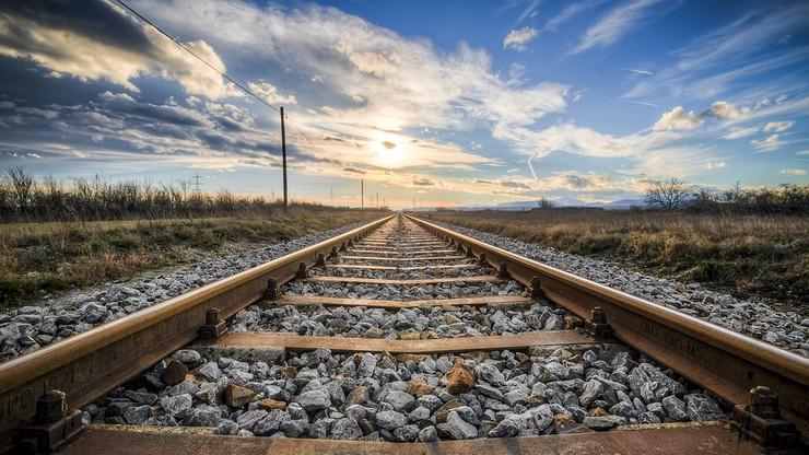 Więcej pociągów w majówkę