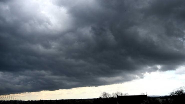 Deszcz, burze i porywisty wiatr. Pogoda na środę