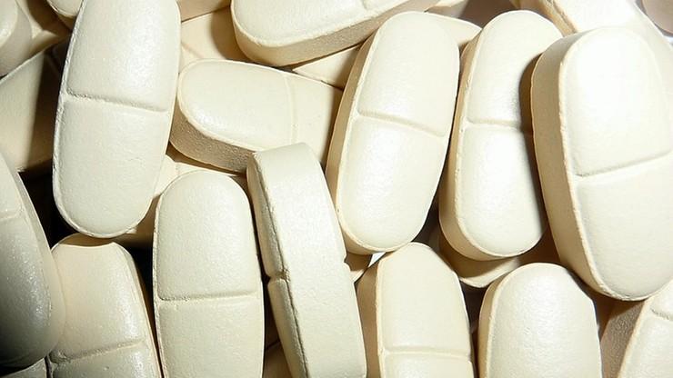 Na potencję oferował tabletki z gipsu. Oszukał ponad 820 mężczyzn
