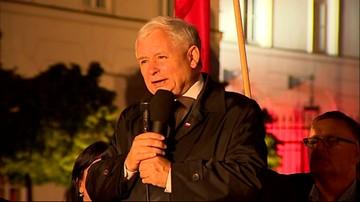 """""""Ci, którzy obrażają, ciągle chcą obrażać"""". Kaczyński na obchodach kolejnej miesięcznicy katastrofy smoleńskiej"""