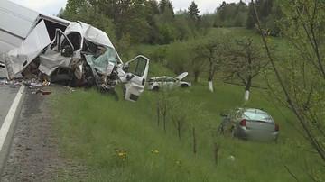 Podejrzany o spowodowanie wypadku na Zakopiance pozostaje na wolności