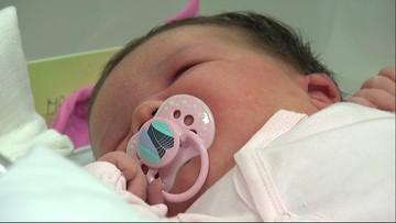 Prawie siedem kilogramów szczęścia. Gigantyczny noworodek w śląskim szpitalu