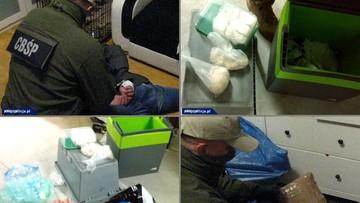 Przeszukali kieszenie, bagaże i mieszkania. Marihuana, kokaina, amfetamina, haszysz. Grupa z Lublina miała ich 25 kg